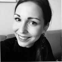 Nikola Sisíková, ZenithMedia